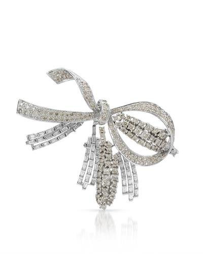 - 18K White Gold Round & Baguette Diamond Brooch