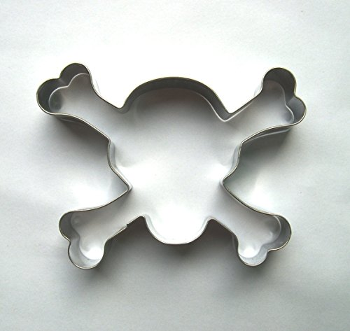 Skull Crossbones Cookie Cutter product image