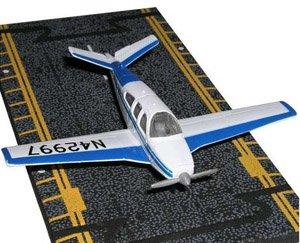 hot-wings-beechcraft-bonanza-with-connectible-runway