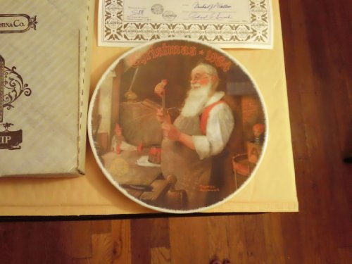 "Norman Rockwell ""Santa in His Workshop"" Knowles Collectors Plate 1984 with COA and Box"