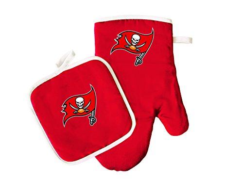 Pro Specialties Group NFL Tampa Bay Buccaneers Oven Mitt & Pot Holder Set