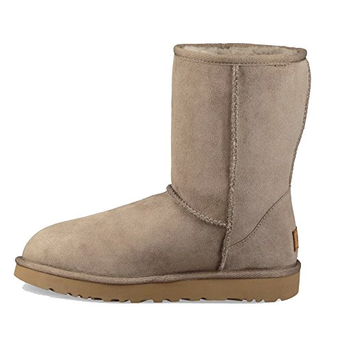 aec430ad7c1 UGG Women's Classic Short ll Boot Twinface Sheepskin Suede, Brindle, 8