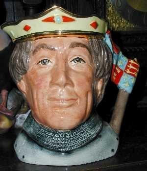 - Royal Doulton Jug Henry V, Variation 1, D6671