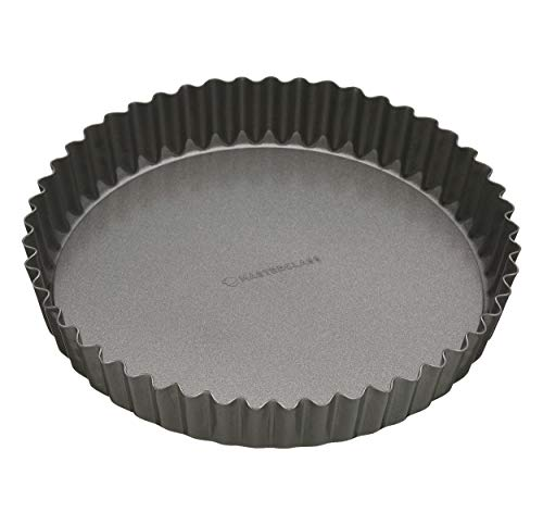 - MasterClass Non-Stick Large Fluted Flan Tin/Quiche Pan with Loose Base, 30 cm (12