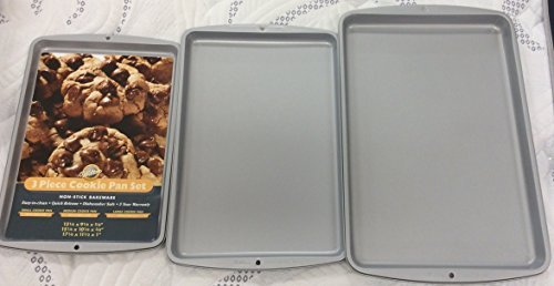 Wilton 3 Piece Cookie Sheet Set Baking Sheet Set Baking Pan Set Deal (Large Image)