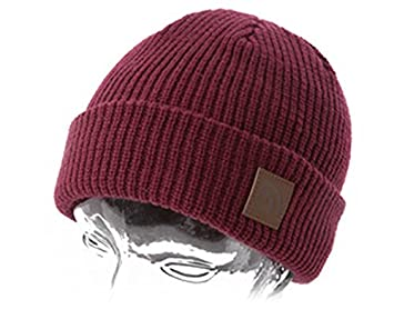 be84f47260f Trakker Plum Beanie Hat  Amazon.co.uk  Sports   Outdoors