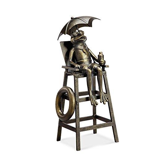 Lifeguard Frog Garden Sculptur