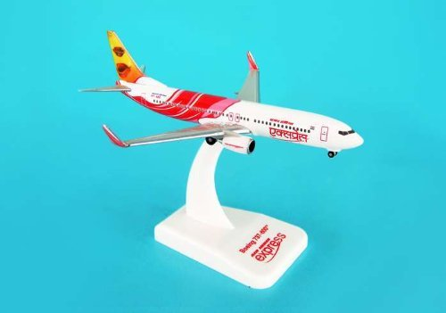 hogan-500-scale-die-cast-hg8041-air-india-express-737-800-1-500-reg-vt-axd-by-daron-worldwide