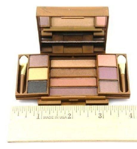 Fashion Fair Multi-Level Eye Shadow / Lip Gloss 5122 (Fashion Fair Lip Gloss)