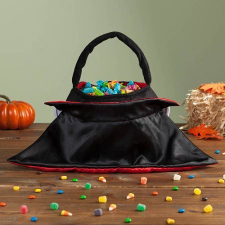 [Personalized Halloween Basket Vampire] (Party City Indian Costume)