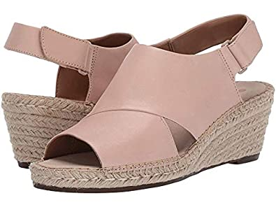 aea75a8bcbf Clarks Women's Petrina Abby: Buy Online at Low Prices in India ...