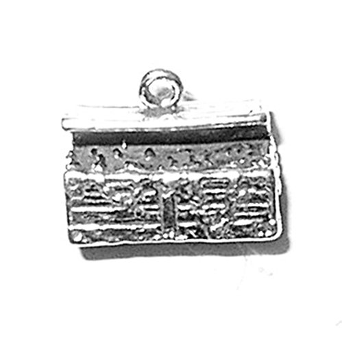 925 Sterling Silver Classic Pirate'S Treasure Chest Charm For Bracelet/Necklace ()