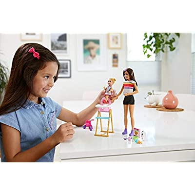 Barbie Skipper Babysitters Inc. Feeding Playset with Babysitting Skipper Doll, Toddler Doll with Feeding Feature, High Chair, Tricycle and Food-Themed Accessories for Kids 3 to 7 Years Old: Toys & Games