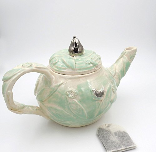 teapot-handmade-pottery-gifts-for-mom-white-ceramics