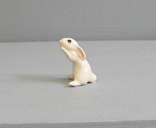 HONEY BUNNY White Sits Up RABBIT Super MINIATURE Figurine Ceramic HAGEN-RENAKER 3226W by Eyedeal Figurines