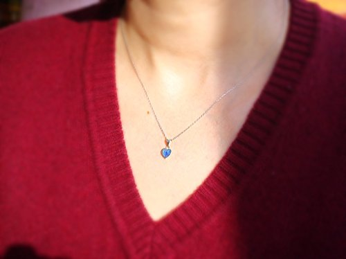 handmade-tiny-blue-sterling-silver-heart-necklace-hs