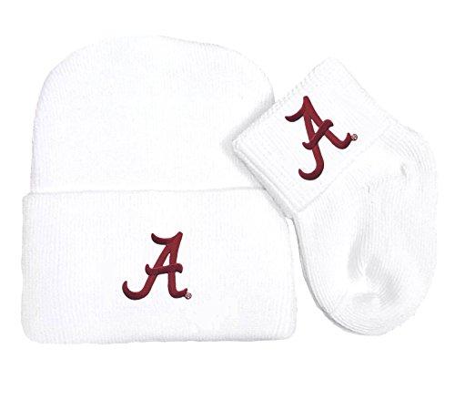 (Future Tailgater Alabama Crimson Tide Newborn Baby Knit Cap and Socks Set)