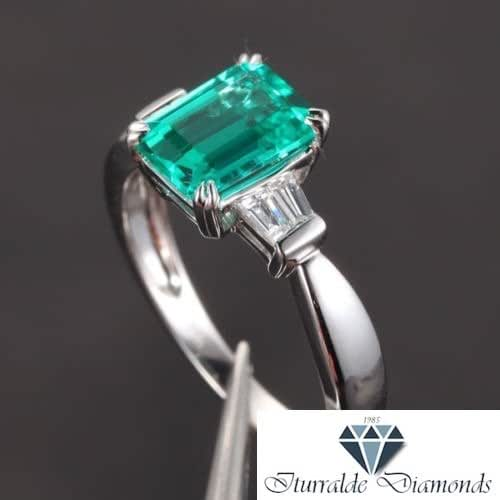 Amazon Com 14k Emerald Cut Emerald Baguette Diamond Accent Engagement Ring Handmade