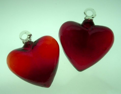 Mexican Glass Pair of RED Hearts 4 Inches by Mexican Glass
