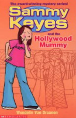 Download Sammy Keyes and the Hollywood Mummy pdf