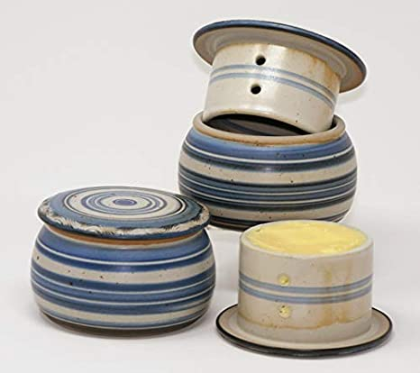 UNGARNIKAT Keramik Butterdose wei/ß mit handbemalten Grauen Punkten gro/ß 250 gr Butter
