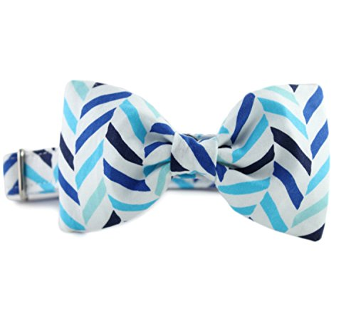 Blue and White Bow Tie Dog Collar - Seaside Herringbone Bow Tie Collar - Bow Tie for Dogs - Wedding Dog Collar - Dog Collar for Boy Dogs