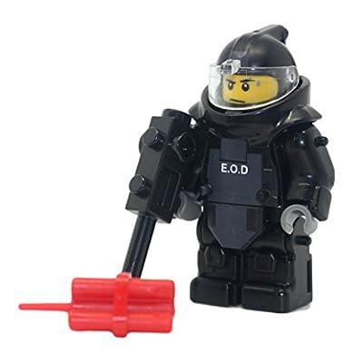 Modern Brick Warfare EOD SWAT Bomb Squad Explosive Disposal Specialist Custom Minifigure: Toys & Games
