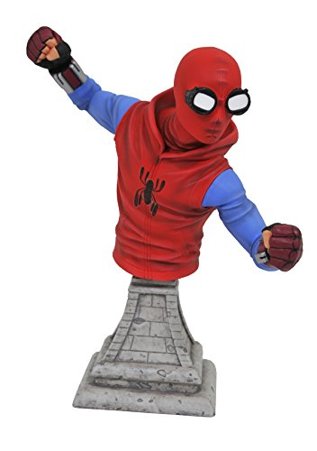 DIAMOND SELECT TOYS Marvel Spider-Man Homecoming: Spider-Man (Homemade Costume Version) Resin Figure Bust]()