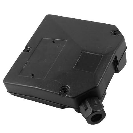 Circuito eléctrico negro de plástico Conectar la caja de conexiones ...