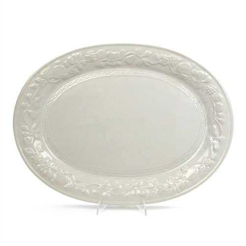 Fruit Off White by Gibson, China Serving Platter ()