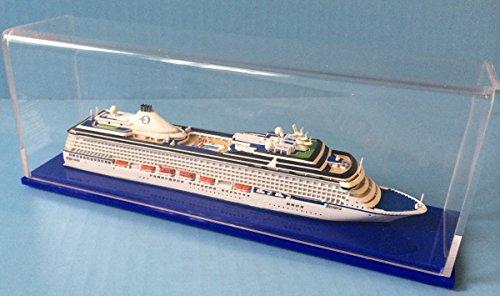 Oceania Riviera Cruise Ship Model in 1:1250 Scale