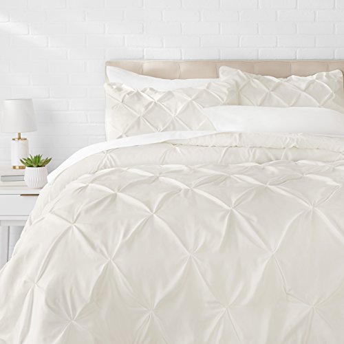 AmazonBasics Pinch Pleat Comforter Set – Full/Queen, Cream
