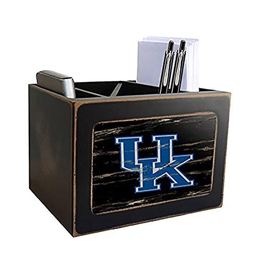 Fan Creations NCAA Kentucky Wildcats Distressed Team Logo...