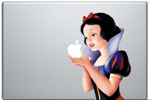 (Snow White Holding Apple MacBook Pro Vinyl Decal Sticker (Available for 11, 13, 15, 17 inch and Air))
