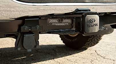 Genuine 2007   2013 Toyota Tundra Tow Hitch Receiver