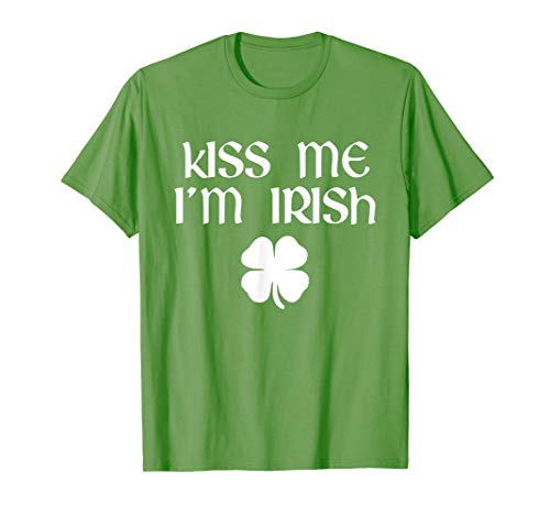 (Kiss Me I'm Irish St. Patrick's Day T-Shirt)