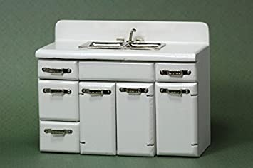 Amazon.com: Retro Kitchen Sink by Town Square Miniatures: Toys & Games