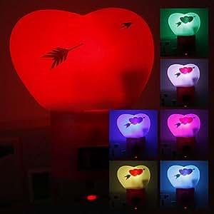 Gill Sweet Heart Shaped Cambio de color de luz de la noche del LED (220)