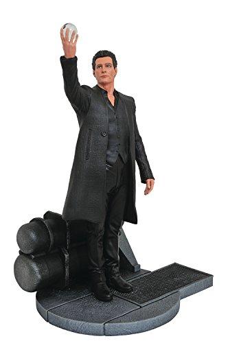 DIAMOND SELECT TOYS The Dark Tower Movie Gallery The Man in Black PVC Gallery Figure