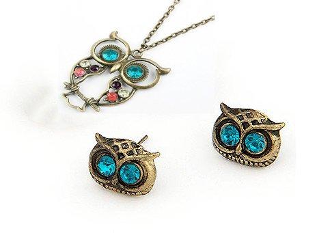 niceeshop(TM) Owl Head Charm Stud Earring (1 Pair,Random Color) + Owl Design Necklace,Colorful