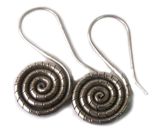 WEIGHT 10.10 G. NICE!! BEAUTIFUL THAI KAREN HILL TRIBE SILVER EARRING SIZE 18 x 35 -