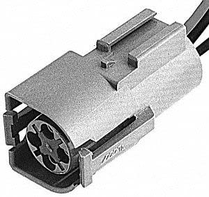 Standard Motor Products S677 Pigtail//Socket