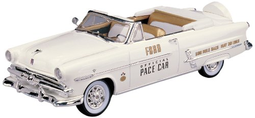 Lindberg Models 1953 Ford Convertible Indy Pace Car Convertible Indy Pace Car