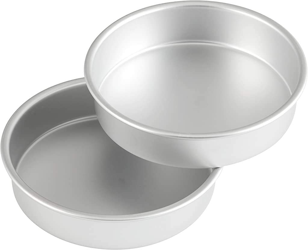 Wilton Aluminum Round Set, 8 x 2-Inch, 2-Pack Cake Pan Multipack, Assorted