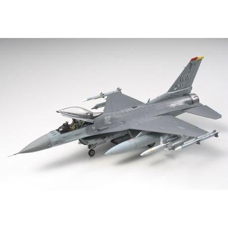 Tamiya America, Inc 1/48 Lockheed F-16CJ (Block 50), TAM61098 (F-16 Model Airplane)