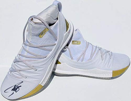 Stephen Curry #30 Autographed Signed Under Armour Curry 5 Basketball Shoes PSA/DNA ()