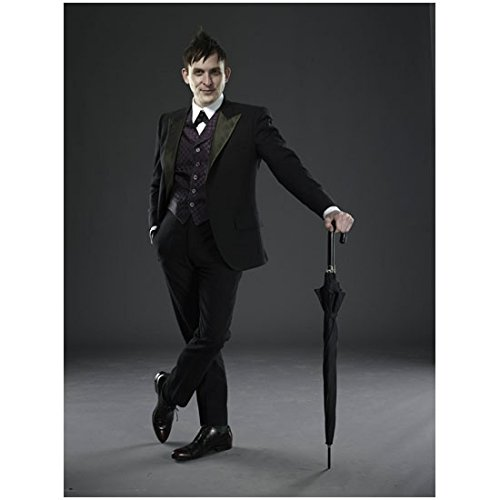 Gotham Oswald Cobblepot aka Robin Lord Taylor Suited Up Promotional 8 x 10 Photo