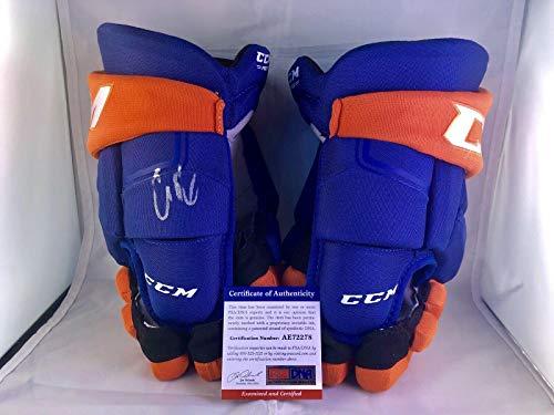 Connor McDavid Signed CCM Game Model Edmonton Oilers Hockey Glove CERT - PSA/DNA Certified - Autographed NHL ()