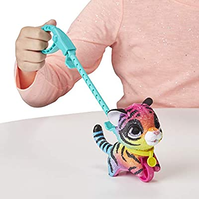 Furreal Walkalots Lil' Wags Tiger Toy, Ages 4 & Up: Toys & Games