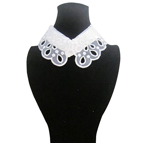 Wrapables Romantic Floral Collar Necklace